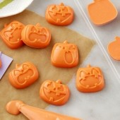 Wilton Pumpkins Candy Mould