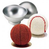Wilton 3D Sports Ball Pan